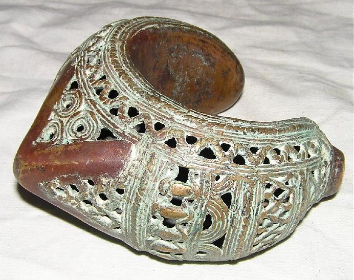 bracelet africain en bronze